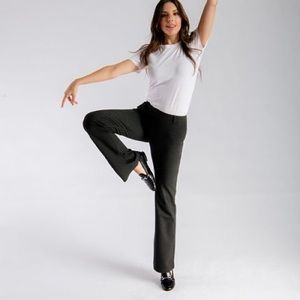Betabrand classic bootcut leggings in charcoal